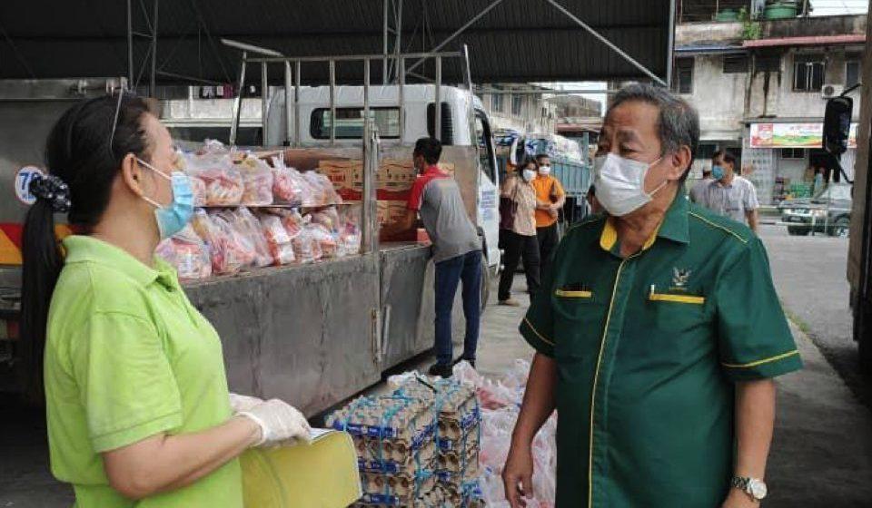 Penduduk Tarat turut terima bantuan