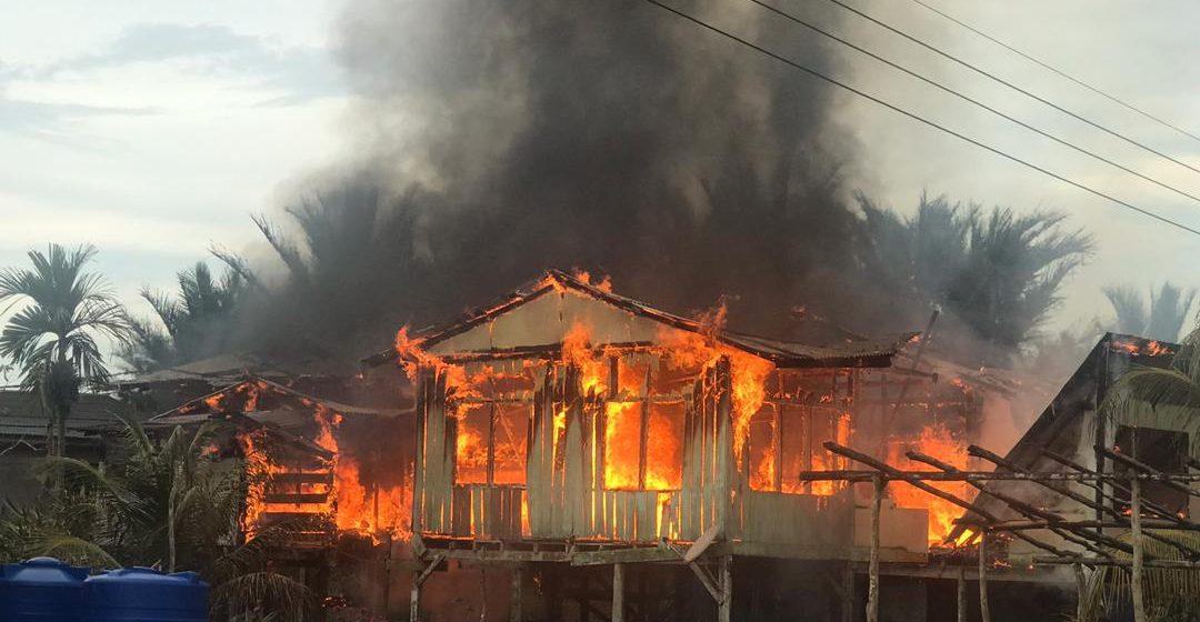 Rumah terbakar di Daro, tiga penghuni selamat