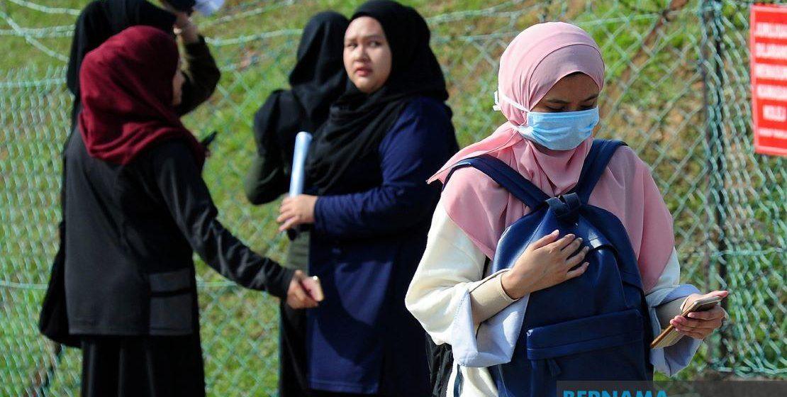 Pelajar IPT mula pulang ke kampung halaman masing-masing hari ini