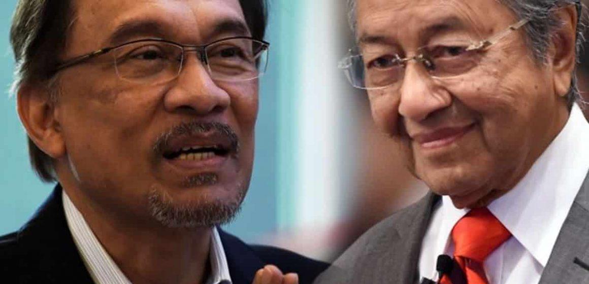'Semangat perjuangan kami masih marak,' kata Mahathir dan Anwar