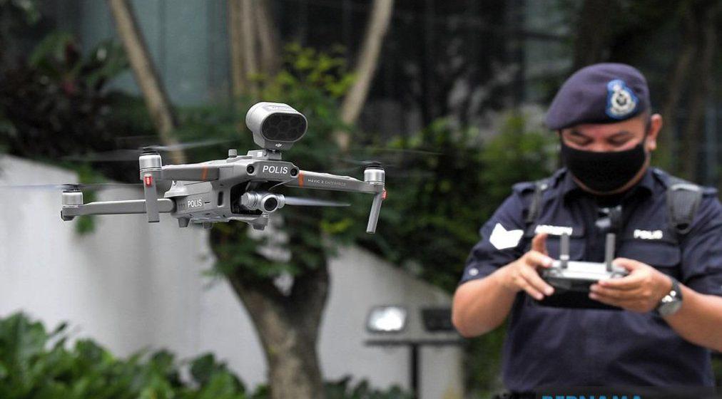 Dron polis pantau pematuhan SOP di kawasan tumpuan