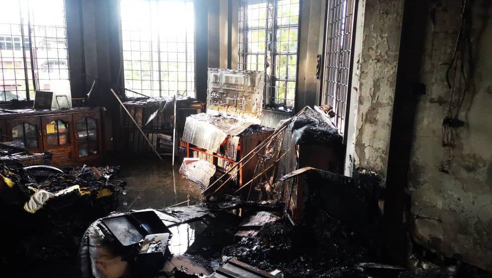 Rumah Pengerusi DAP Sarawak terbakar