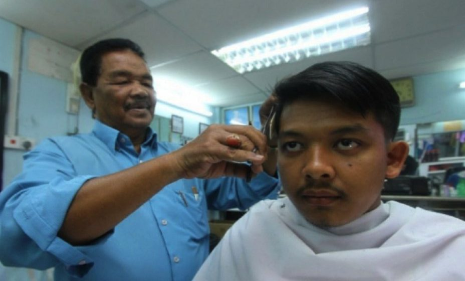Tukang gunting rambut digalak jalani ujian COVID-19 Secara Sukarela – Persatuan