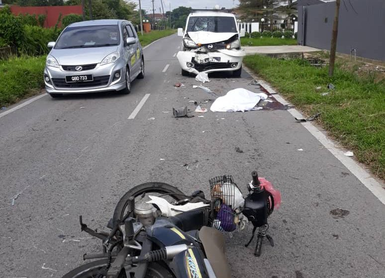Buruh binaan maut motosikal bertembung van