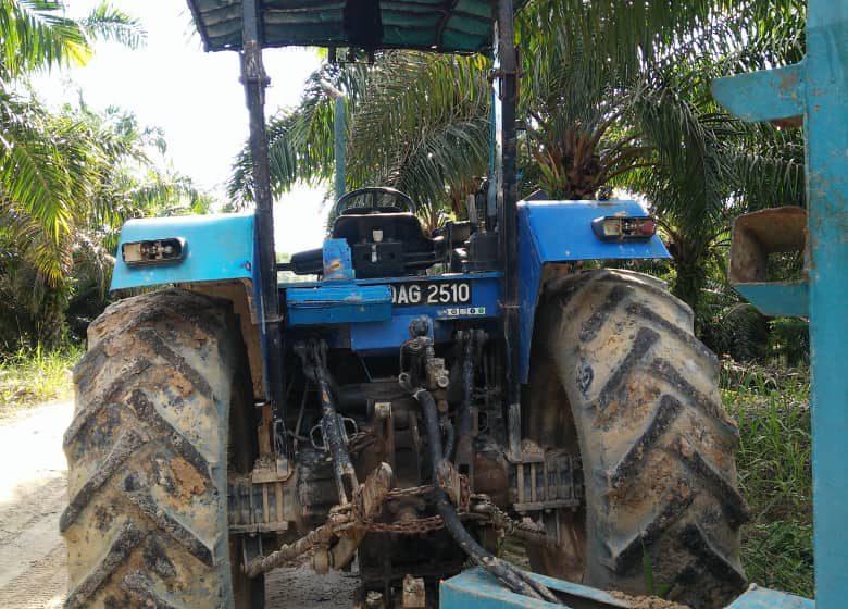 Lelaki Indonesia maut kemalangan traktor di Lundu
