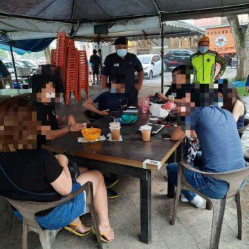 17 individu di Kuching dikompaun RM1000 ingkar SOP