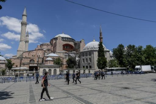 Hagia Sophia kini diiktiraf sebagai masjid