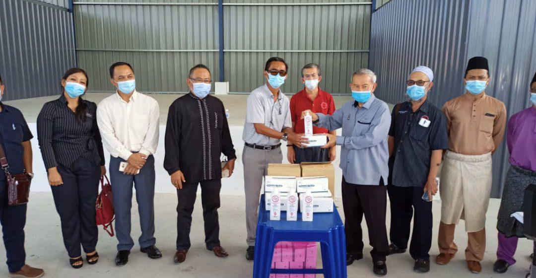 Tiga sekolah rendah kawasan Jepak terima sumbangan cegah Covid-19