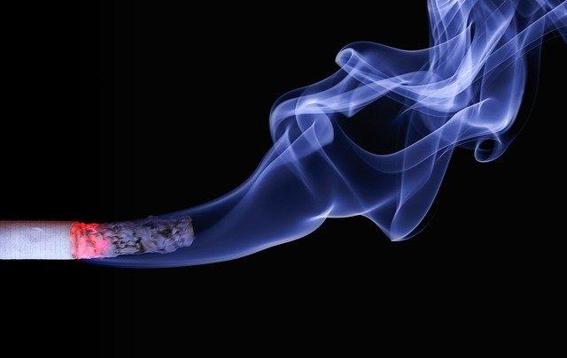 Pantau rapi perokok di premis makanan