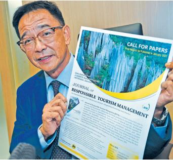 Bawa Sarawak rentasi peta dunia