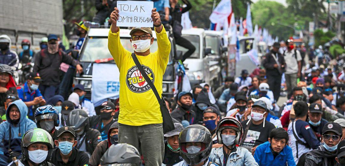 Pemprotes Jakarta masih mengganas