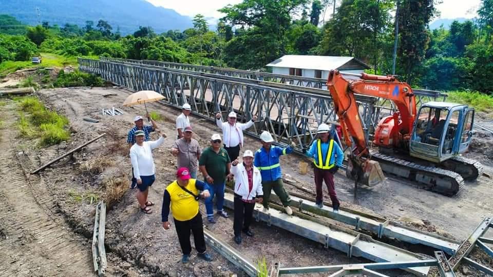 Chukpai ngabas Projek Jematan Besi di Sungai Penyuan