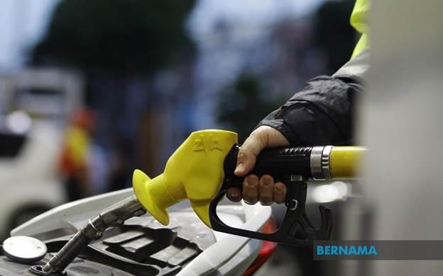 Harga runcit petrol, diesel turun