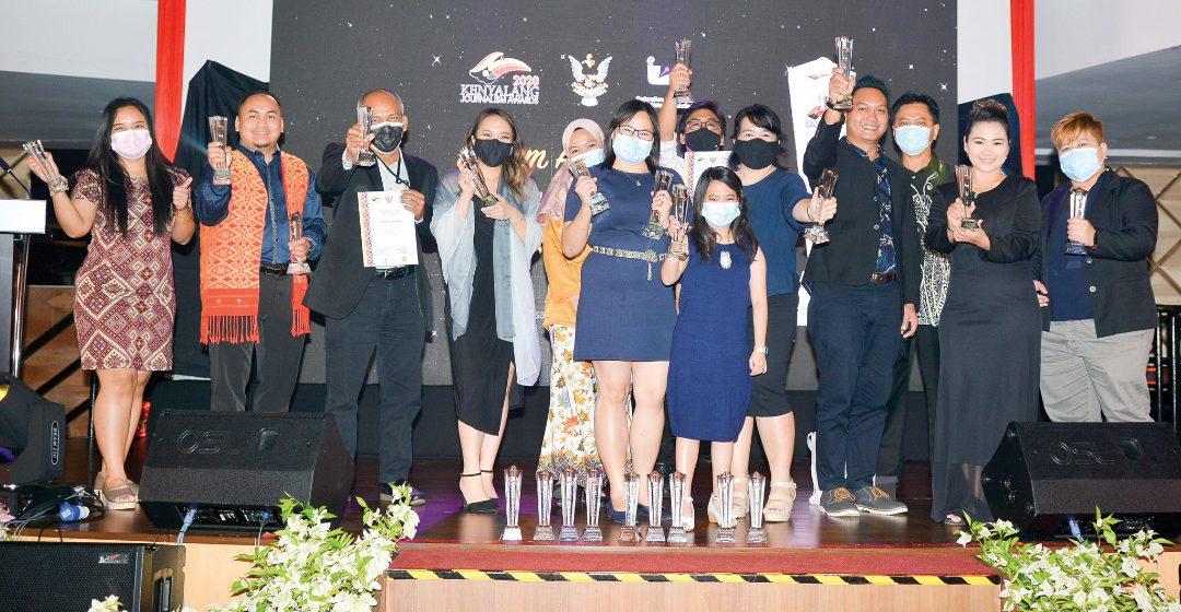 Wartawan Suara Sarawak bolot 21 anugerah