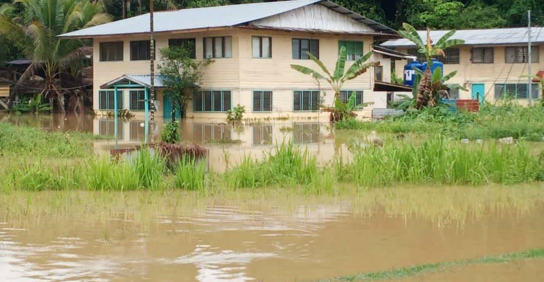 Dataran rendah di Baram tenggelam