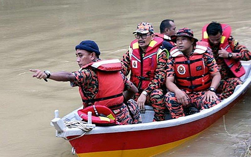 Lelaki hilang dipercayai jatuh dari perahu