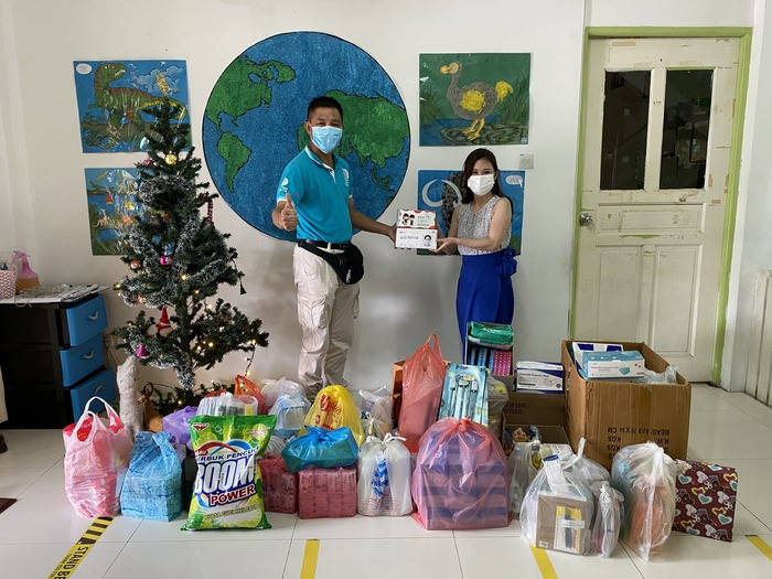 Krista Samarahan serah sumbangan tahunan