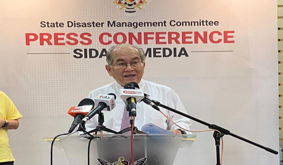 Pasukan bertindak bantu memudahkan proses pemberian vaksin Covid-19 di seluruh Sarawak