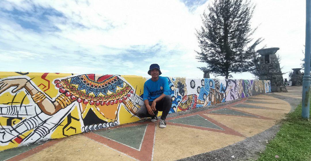 Taba Kala Dana Mukah bisi didero mural motif Iban