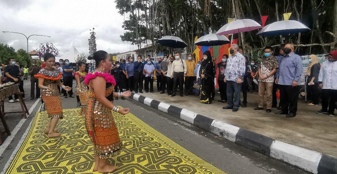 Rayat di Mukah enggau Dalat entara chunto penyerakup bansa – Awang Tengah