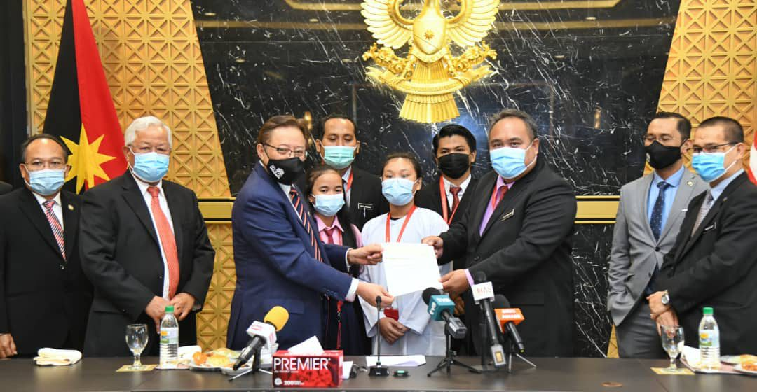 SK Temong nerima insentif RM25,000