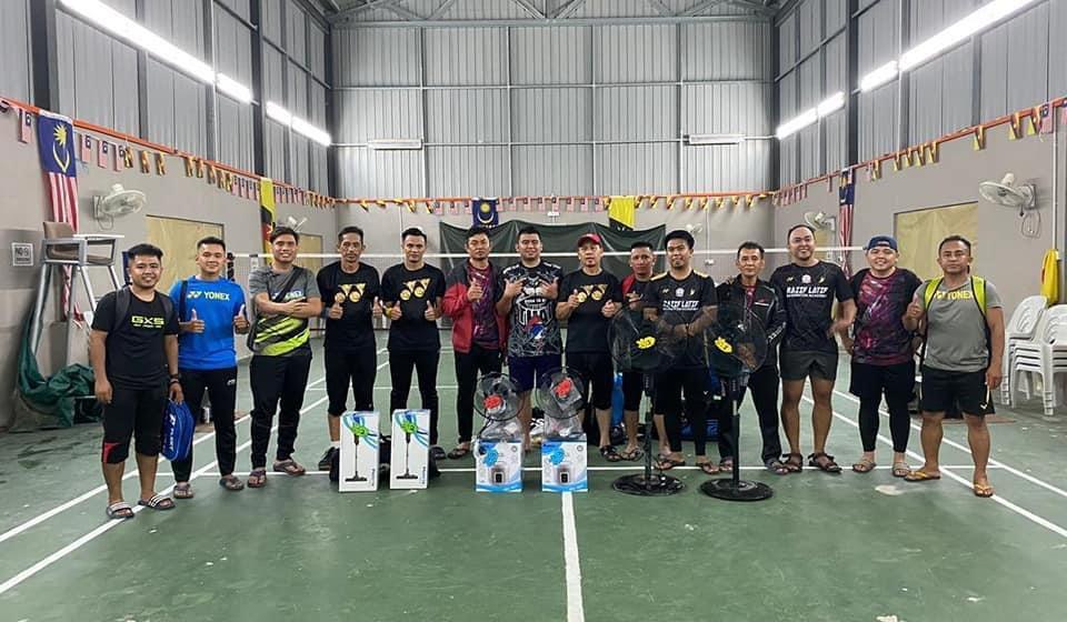 Perlawanan persahabatan badminton, mengeratkan hubungan