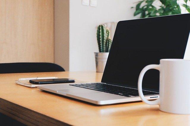 Syor komputer riba percuma untuk pelajar