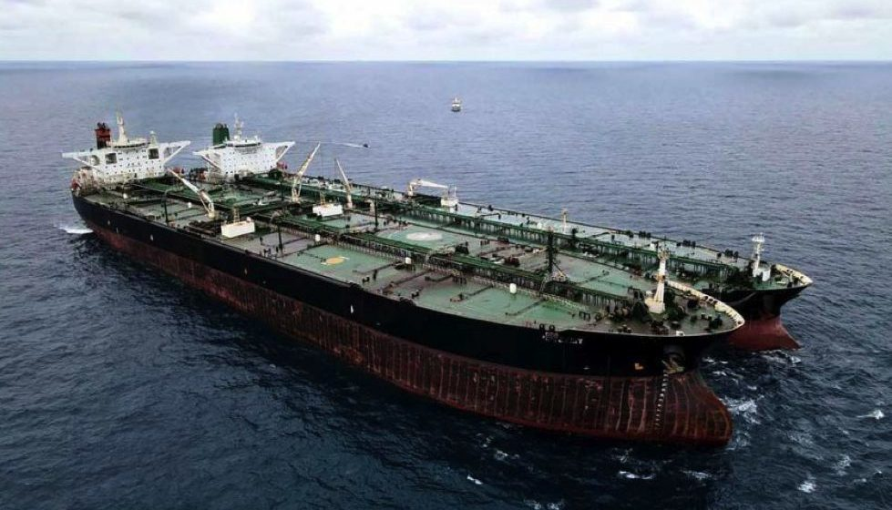Kapal Iran pindah minyak haram di perairan Kalimantan dirampas