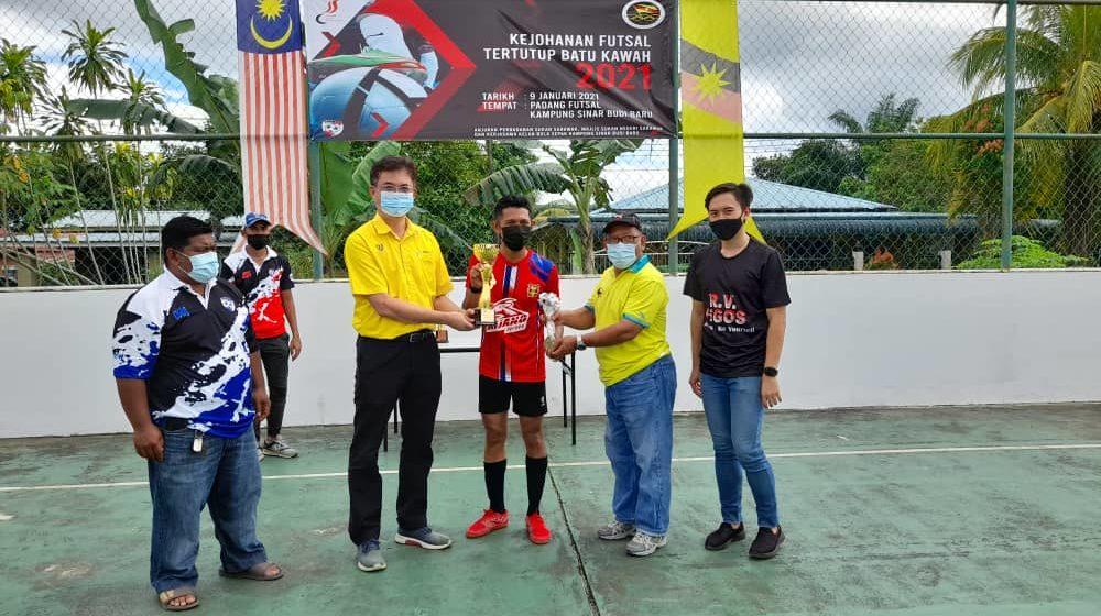Sakkok FC juara dalam Kejohanan Futsal Tertutup Batu Kawa