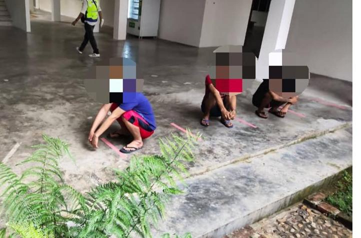 Tiga Pati di Bau ditahan dan diusir pulang serta-merta