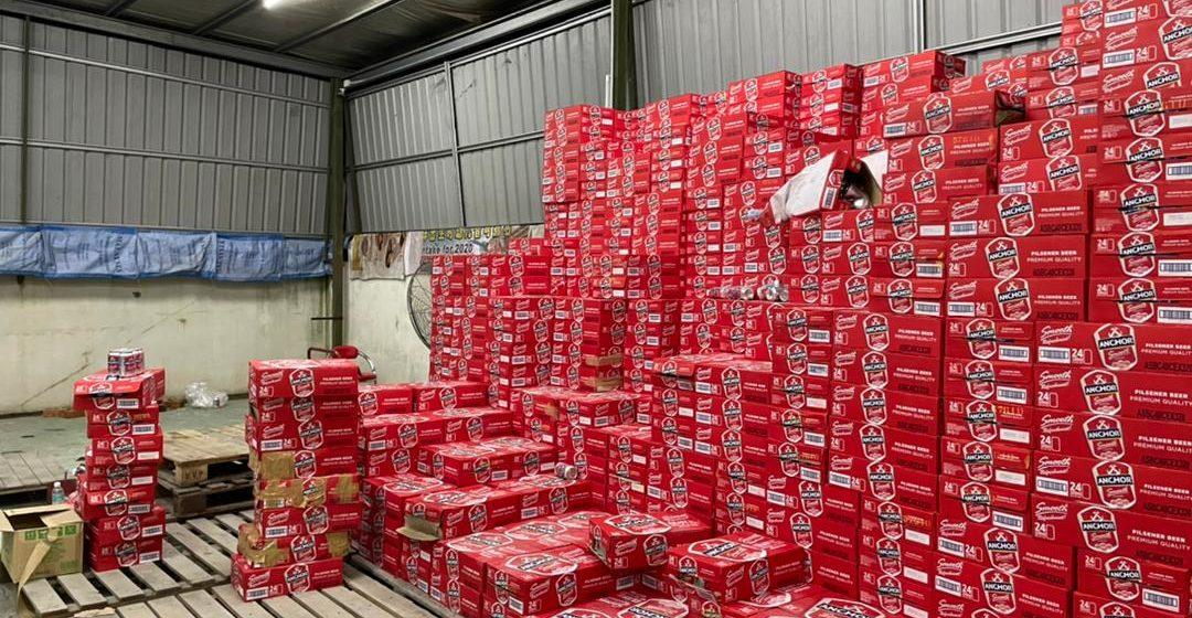 Serbuan besar-besaran, rampasan rokok dan minuman keras tanpa kastam bernilai RM345,260.80