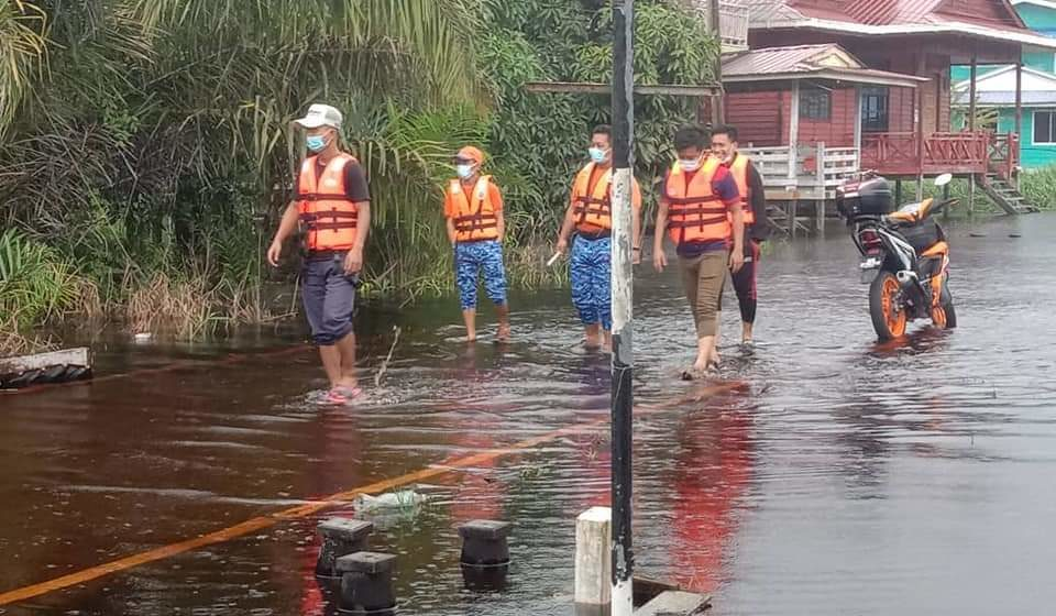 Mukah, Matu dilanda banjir namun masih terkawal