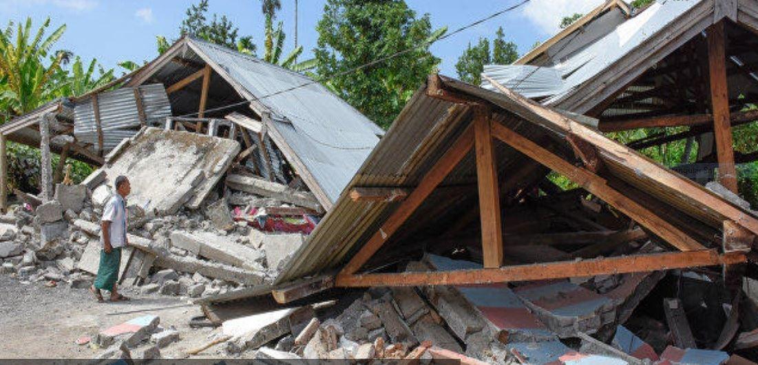 Tiga maut, 24 cedera, dikhuatiri ramai lagi terkorban gempa bumi di Sulawesi