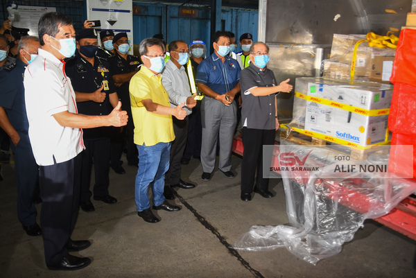 Vaksinasi petugas barisan hadapan di Kuching, Sibu bermula Jumaat