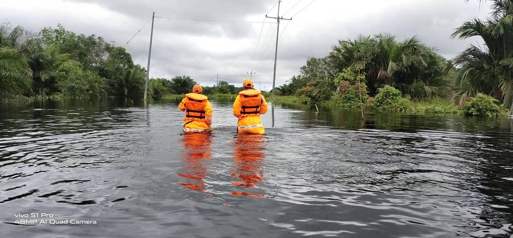 Jalan Tingkas Sebakong, Mukah terputus akibat banjir