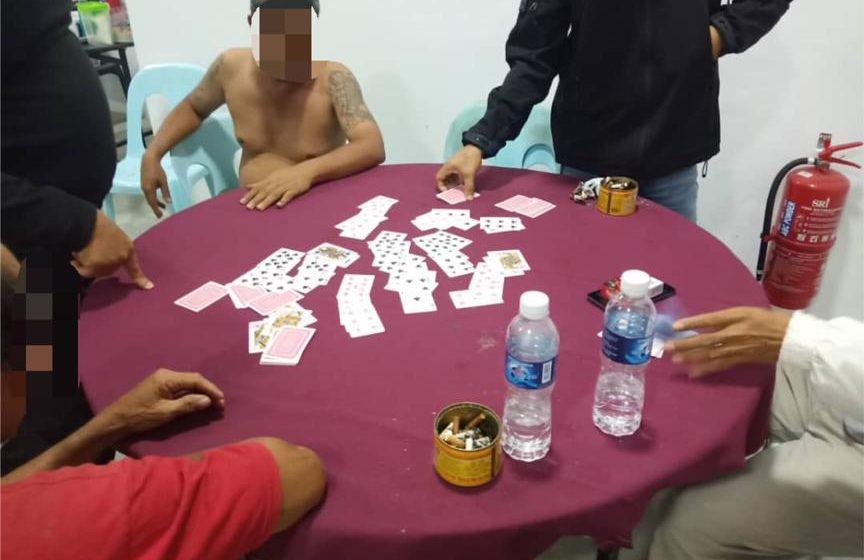 Empat sekawan ditangkap berjudi
