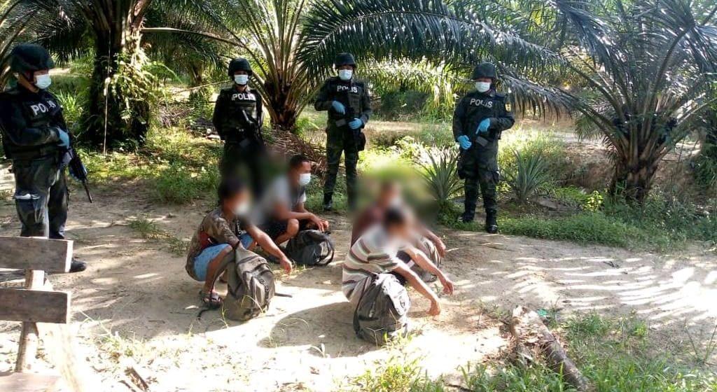 Empat warganegara Indonesia cuba memasuki Sarawak melalui Bau diusir semula
