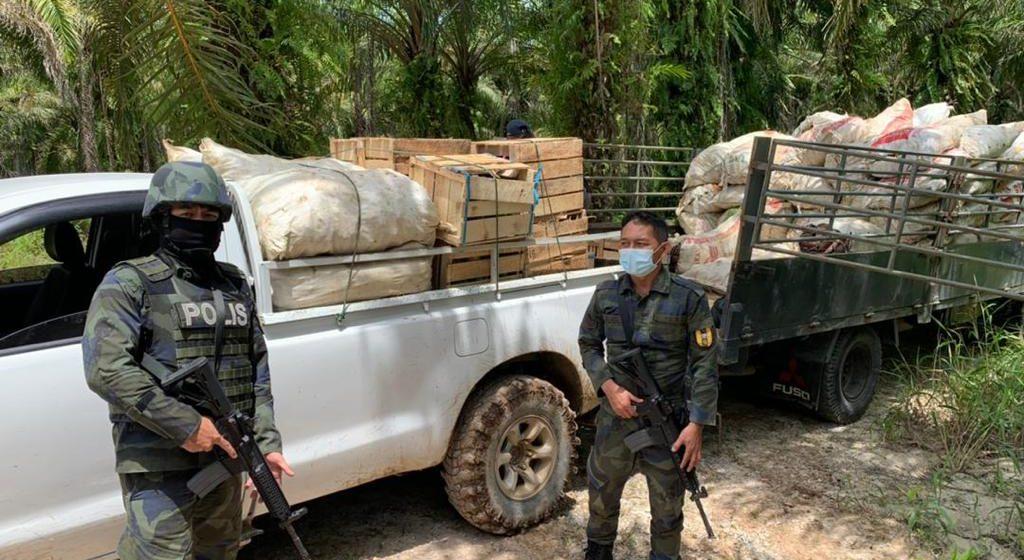 Lima pati dan seorang warga tempatan cuba seludup barangan tani, rampasan bernilai RM110,000