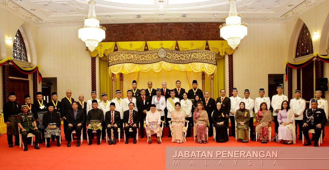 Awang Suhaili ketuai 98 penerima Darjah Kebesaran Negeri