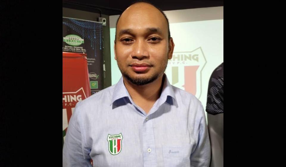 Aksi ke-11 Kuching City di Stadium Negeri