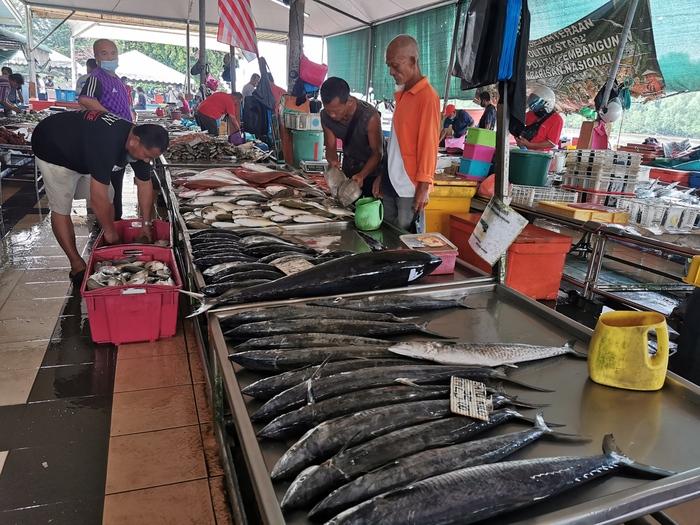 Mukah kaya hasil laut segar