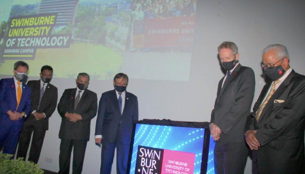 SMG, Swinburne jalin kerjasama