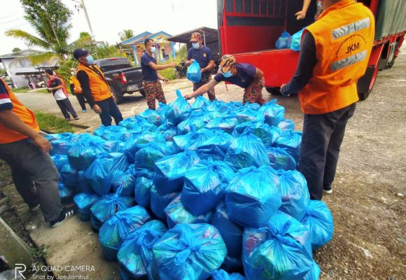 Peranak Sg Kawi, Kpg Darul Falah lantang ati nerima bantu pemakai