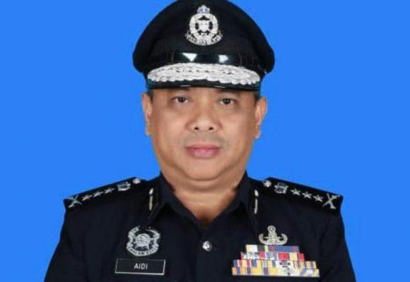 Polis mansik servis ngisi pom 'Enter Sarawak' ti minta bayar