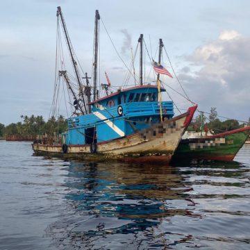 APMM Miri tahan dua bot nelayan kelas C ceroboh zon larangan