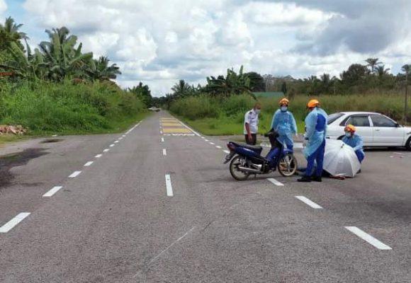 Lelaki maut, motosikal ditunggangnya terbabas