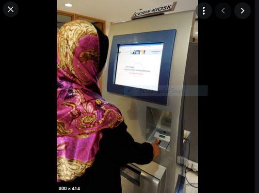 Kiosk CCRIS ditempatkan di Bangunan Majma Mall Kuching dan UTC Kuching