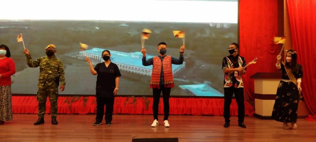 Petugas, sukarelawan PPV Dinner World Bintulu raikan Hari Sarawak