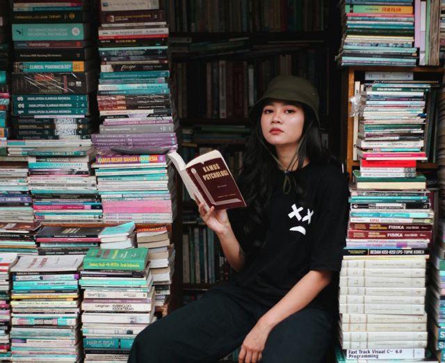 Gali ilmu dengan membaca