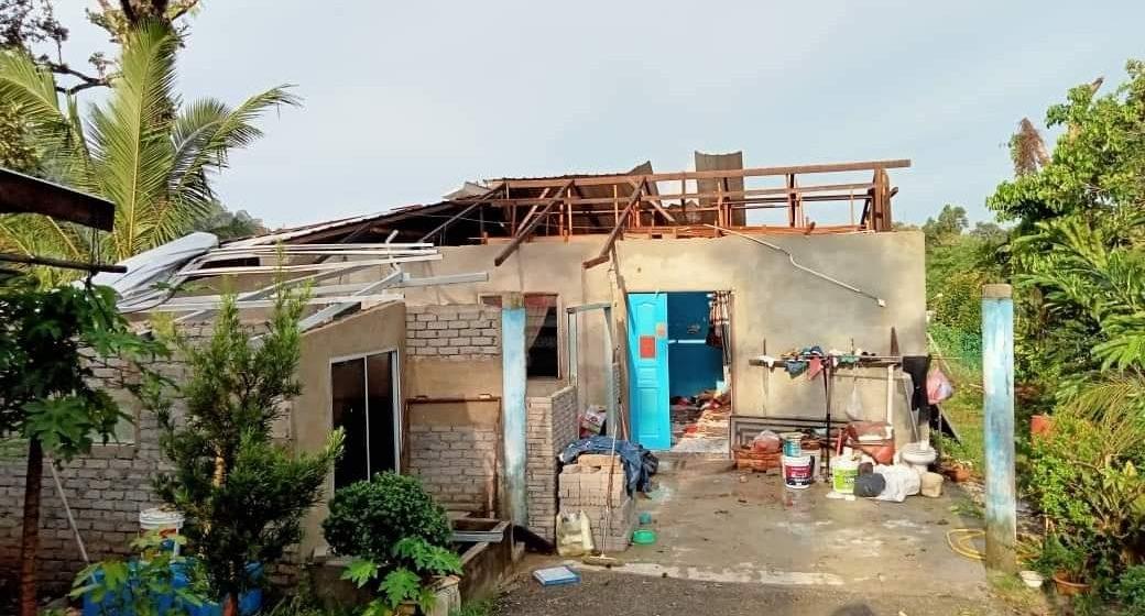 Peranak Kpg Sikog, Kpg Mambong ke dituntung penusah biau balai deka dibantu